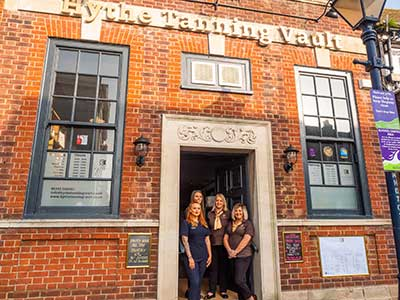 Hythe-Tanning-Vault-Kent-Professional-Beautician-Staff-14